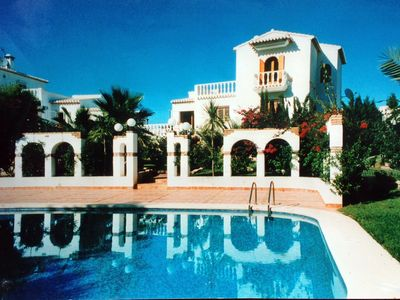 Photo for Generous villa in quiet neighbourhood with great panoramic view