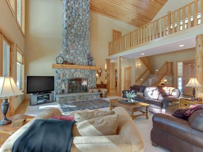 Photo for Deschutes Forest views w/ game room, shared pools/hot tub, on-site golf, & more!