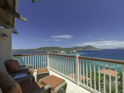 Photo for Top fl. luxury,no steps, great views. Lower $ available for longer stays. B20