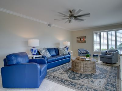 Photo for Sanibel Surfside #224: Stunning Island Retreat on the Beach, Great Amenities!