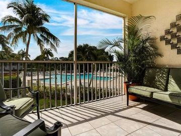 Banyan Trace, Clubhouse Villas (Cape Coral, Florida, United States)