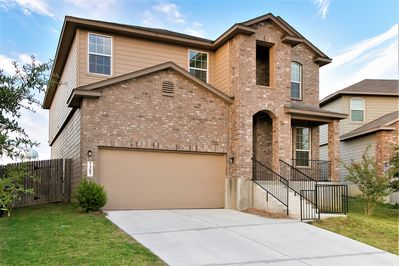 Large Home Near Lackland *Perfect For BMT Graduation* - Solana Ridge