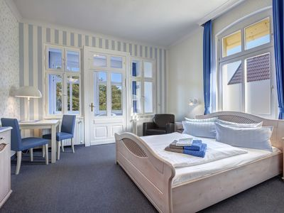 Photo for Deluxe Double Room with Sea View - Hotel Villa Seeschlößchen 3 ***