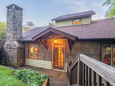 Photo for Charming 2BD/2BA with Hot Tub in Blowing Rock near Skiing and Area Attractions