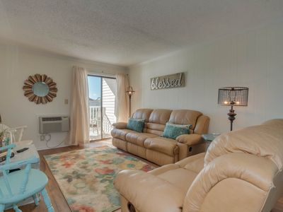 Photo for 2nd floor condo in Cherry Grove, overlooking pond, 2 minute walk to the beach