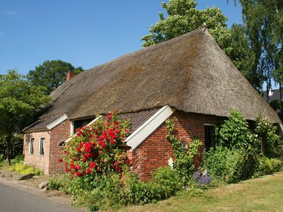 Photo for Atmospheric residence in a thatched farm