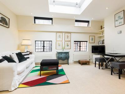Photo for Characterful 2 bed 2 bath Westminster home