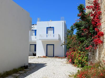 Photo for 4 bed beach-side apartment. 1st floor with blacony