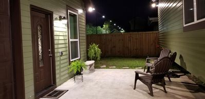 Photo for 0.2 Miles From Festivals/City Park/Fairgrounds, Sleeps 4, Pets/kids OK brand new