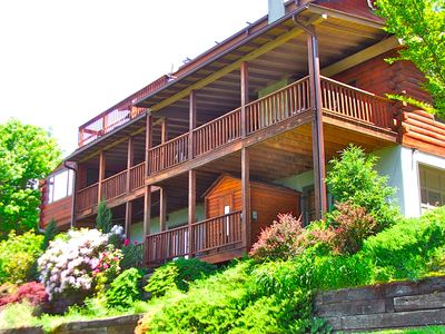 Photo for Avondale Ridge-Views! 6 BR 3 bath on Blue Ridge Parkway & minutes to DT AVL