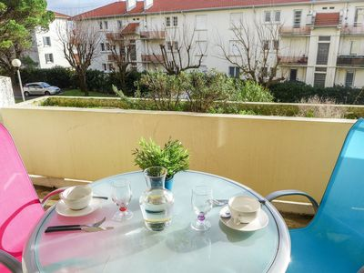 Photo for Beautiful apartment for 2 guests with WIFI, TV, balcony and parking