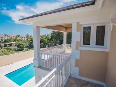 TROPICAL HAVEN -  A Tropical Paradise in Eastern Nassau! NO HURRICANE DAMAGE