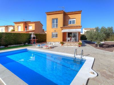 Photo for Vacation home ISAMAR in L'Ametlla de Mar - 8 persons, 3 bedrooms