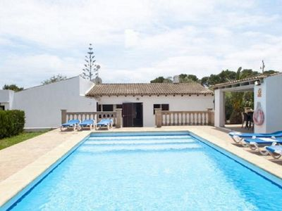 Photo for Holiday house for 6 people with private pool