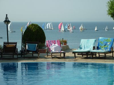 Photo for Perfect for families,  modern - 2 bed apartment with pool and sea view