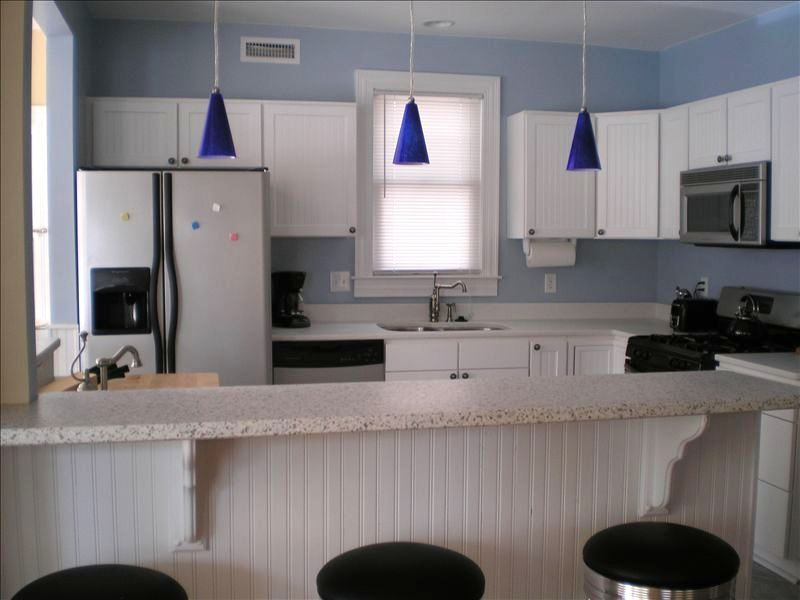Labor Day available, North end, 1/2 block f... - VRBO