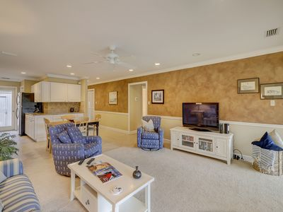 Photo for <p>Beautifully open, spacious and boasting mesmerizing golf course views, this two-bedroom vacation