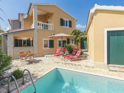 Photo for Comfortably and lovingly furnished villa with pool for a relaxing family holiday