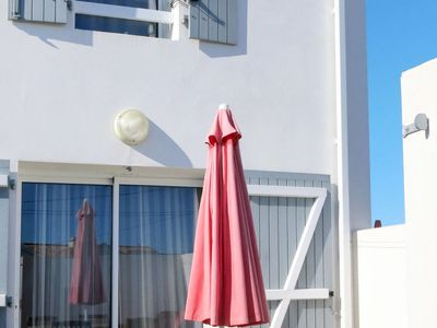 Photo for Vacation home Les Joncs Rouges (TSM515) in La Tranche sur Mer - 4 persons, 2 bedrooms