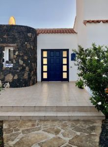 Photo for Luxury 3 bed villa with large heated pool in fuerteventura