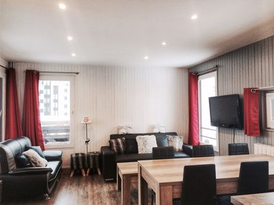 Photo for Renovated 3 bedroom apartment in Val Claret center