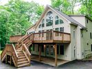 6BR Chalet Vacation Rental in Pocono Lake, Pennsylvania