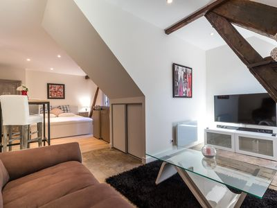 Photo for Apartment Beaune Full center with parking