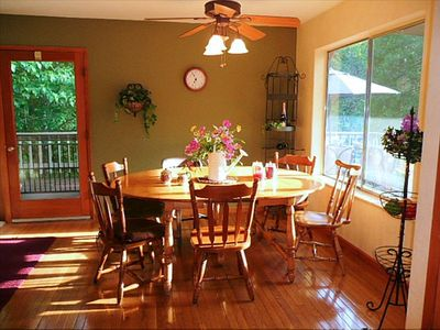 Dining Area--  large round table will accommodate 8 -10 people.
