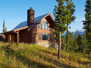 Powder ridge big sky vacation rentals reviews booking for Big sky cabin rentals
