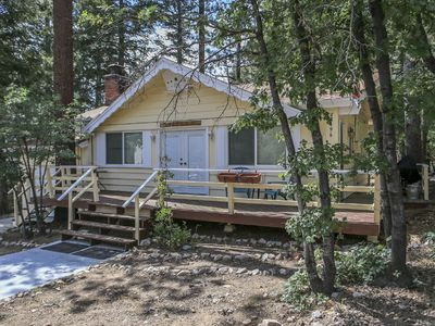 Photo for The Little Yellow House - FREE Kayak/Bike Rental! 2BR/2BA/WiFi/Netflix/Hulu
