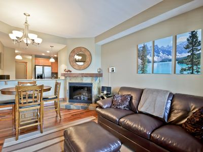 Photo for Luxury 2-bedroom condo in superb location - your mountain oasis!