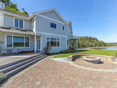 Photo for NEW LISTING! Family-friendly, beachfront home w/ patio, balcony & firepit