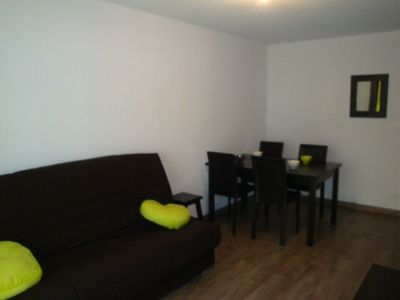 Photo for Apart. 2 rooms - 4/6 persons - residence 4 * - pool - the slopes