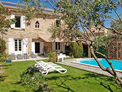 Photo for 19th House  fireplace, closed garden,  pool 30 kms AVIGNON