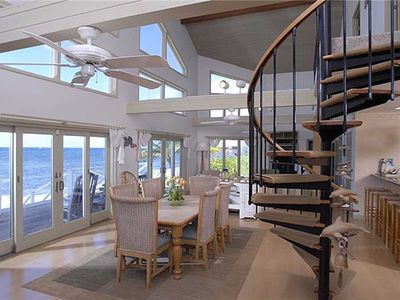 Photo for Castaway Cove: Tropical Beachfront Villa with Superb Snorkeling and Coastal Views