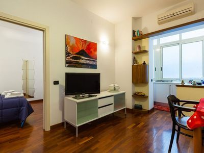 Photo for Spacious Via Toledo 2 Bedrooms apartment in San Giuseppe with WiFi, air conditioning & lift.