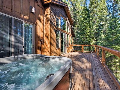 Photo for Large Luxury Truckee Home with Hot Tub & Game Room
