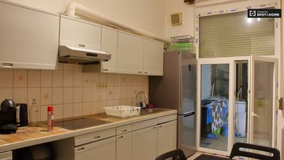 Photo for Appartement - 15 min to the center - Wifi