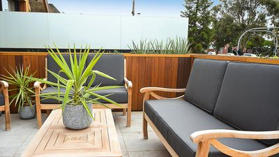 Photo for Daffs Escape - Apartment living in Flinders