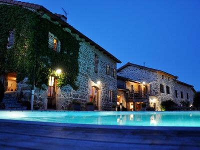 Photo for 500-m² ancient, renovated farmhouse for 16 people with a pool
