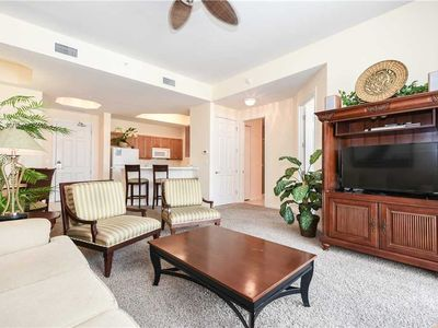 Photo for Lobby-level 1-bedroom w/private patio pool & beach access!