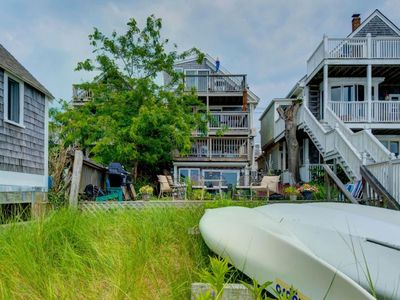 Photo for Fay's Hideaway - Beachfront condo w/ patio, walk to restaurants & galleries.