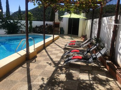 Photo for Homerez last minute deal - Spacious villa with swimming-pool