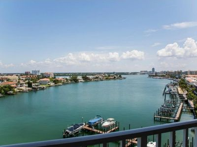 Photo for Waterfront Breeze Condo - Pool and Amazing Views!