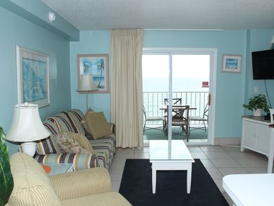Photo for Newly renovated beach front (last min cancel deal: 8/26 -29, low rate)