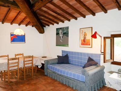 Photo for One bedroom Villa, sleeps 4 in San Cristoforo a Perticaia with WiFi