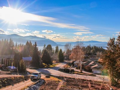 Photo for Private Suite, Geothermal Cooling, Lovely Deck, Spectacular Sunsets & Lake,