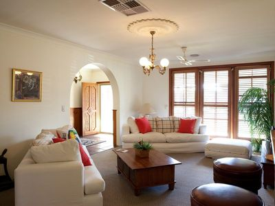 Photo for 4BR House Vacation Rental in Lavington, NSW
