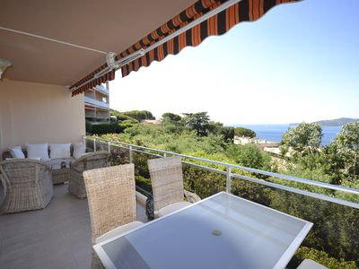 Photo for MAGNIFICENT 3 ROOMS MODERN CROSSING SEA VIEW, ideal for 2 couples