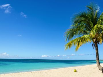 Pinneys beach, Saint Kitts and Nevis